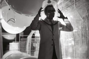 Ugo La Pietra, Caschi sonori, installazione, 1968, courtesy archivio Ugo La Pietra