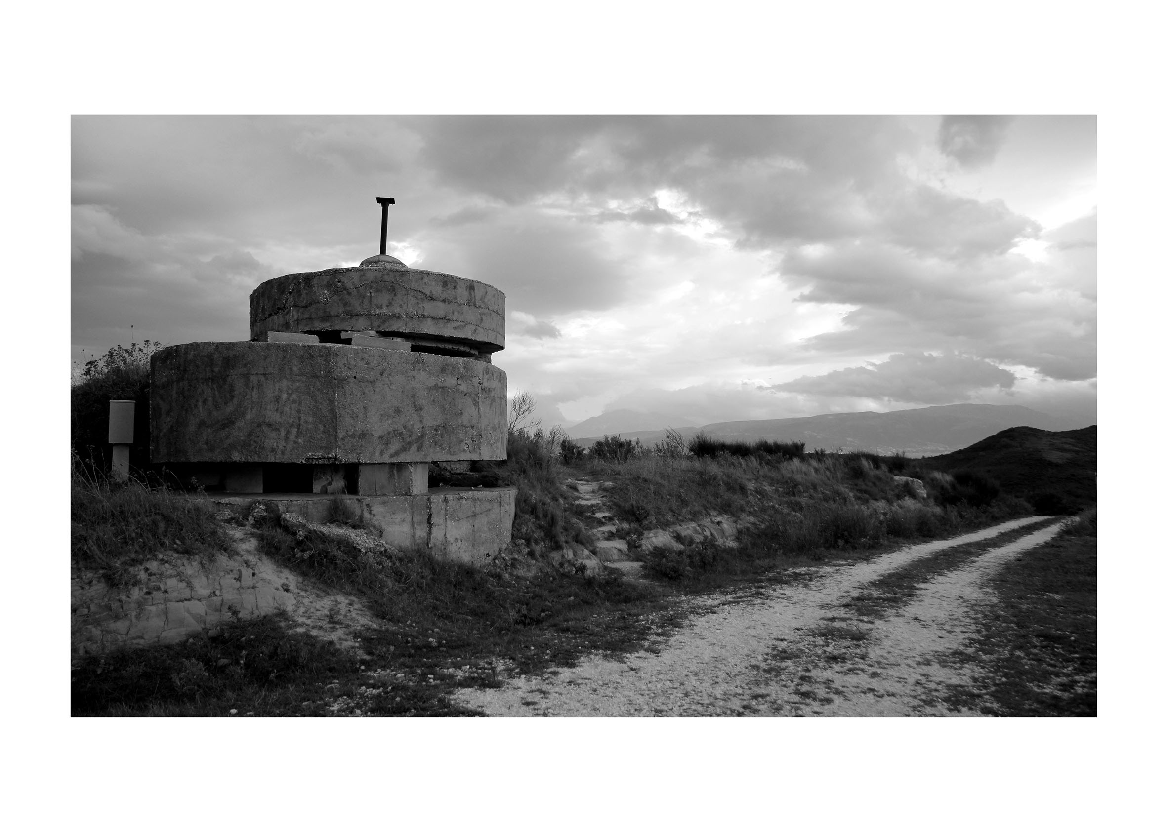 Massimiliano Cafagna, bunker socialista albanese