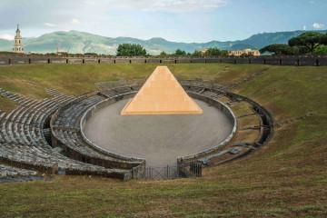 Pompei, Anfiteatro e piramide © Andrea Jemolo