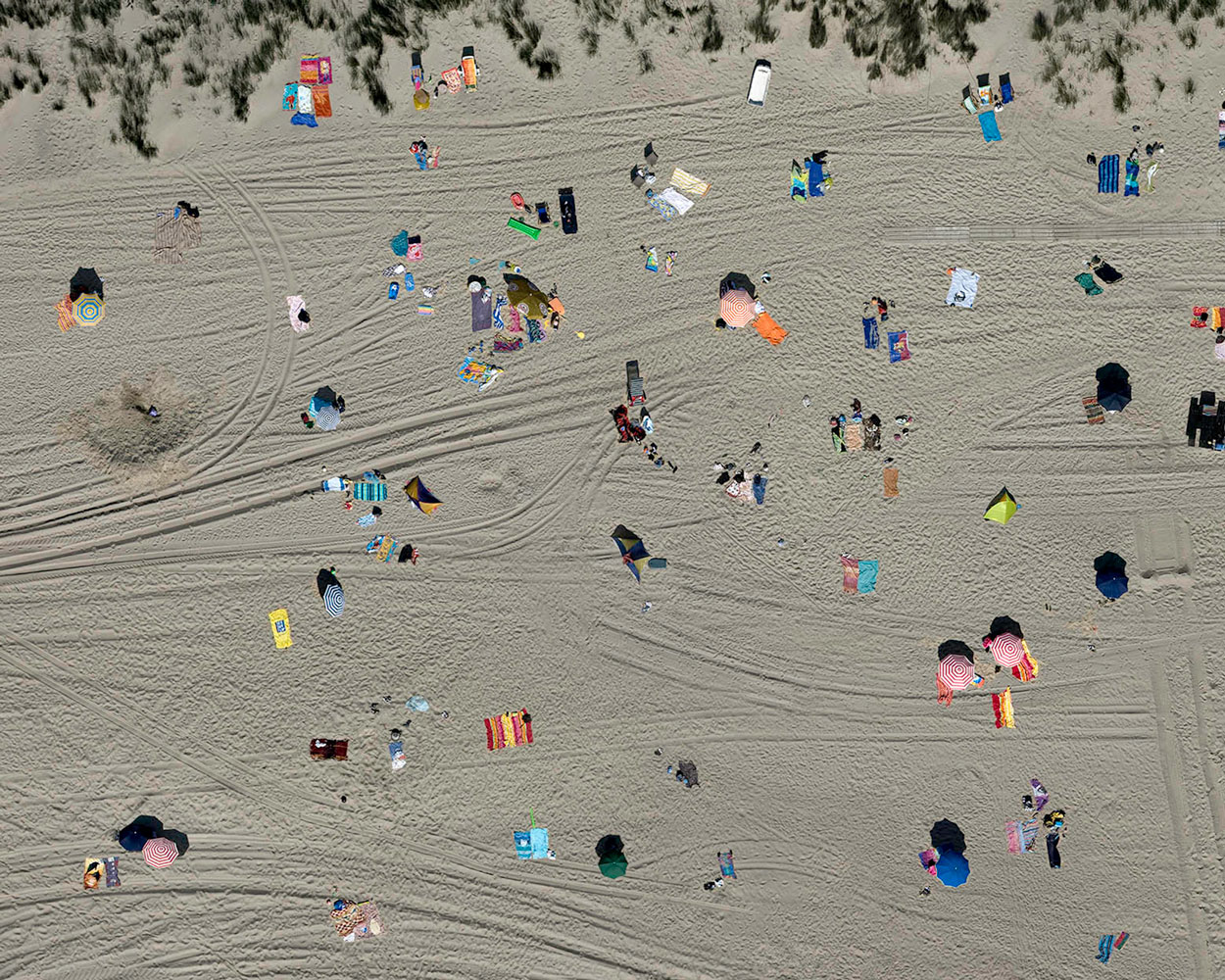 Towels Left, Zeeland, The Netherlands - Stephan Zirwes