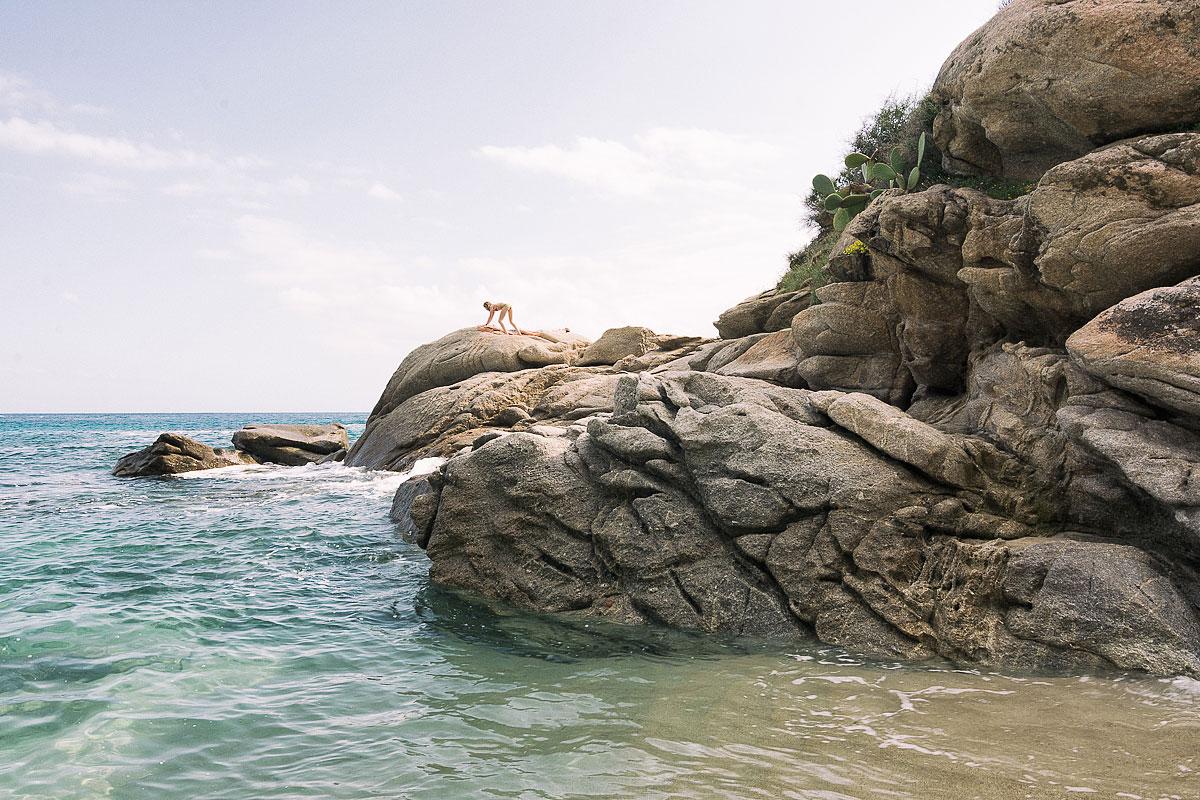 Un'isola / Luca Moretti