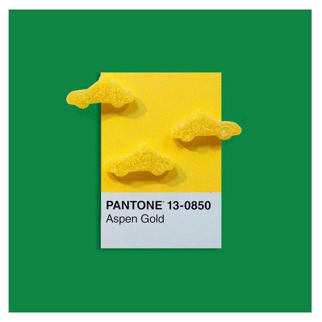 pantone_irl_5