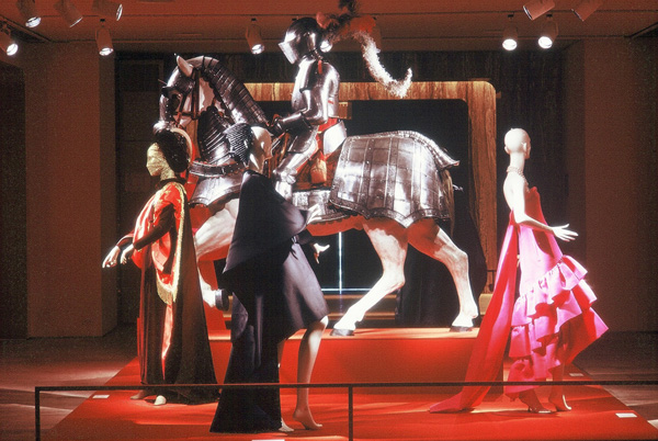 Diana Vreeland, The world of Balenciaga, New York, The Custume Institute, 23 Marzo-9 Settembre 1973