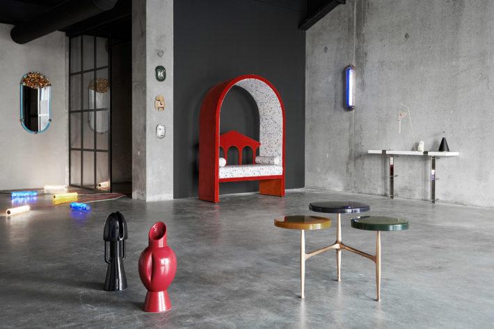 Via Fucini 5 - L'oggetto metafisico progettato da Vito Nesta - Artwort